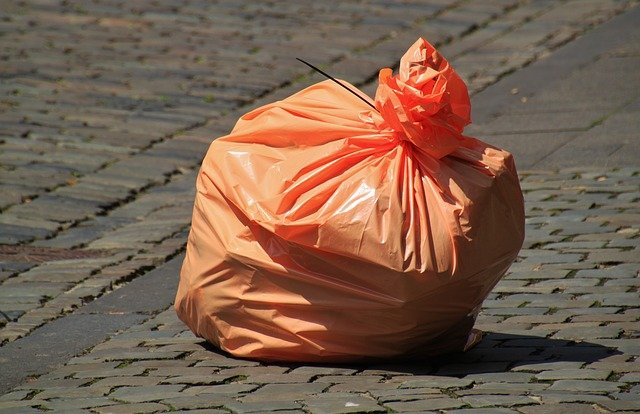 Grüne stimmen gegen kostenlose Abfallsäcke